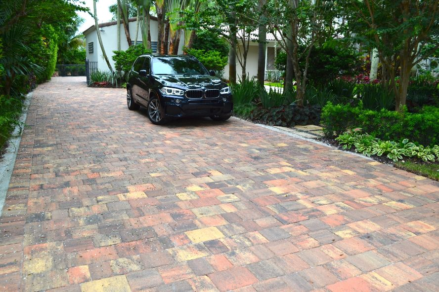 stunning driveway pavers installation near Fort Lauderdale Florida area